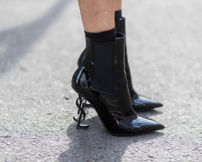 10 пар черных ботинок, которые выглядят нескучно-430x480