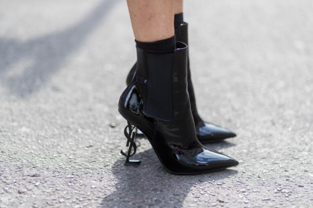 10 пар черных ботинок, которые выглядят нескучно