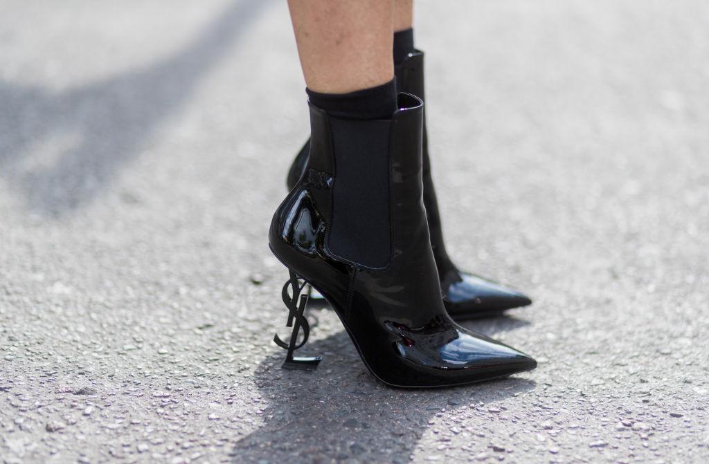 10 пар черных ботинок, которые выглядят нескучно-320x180