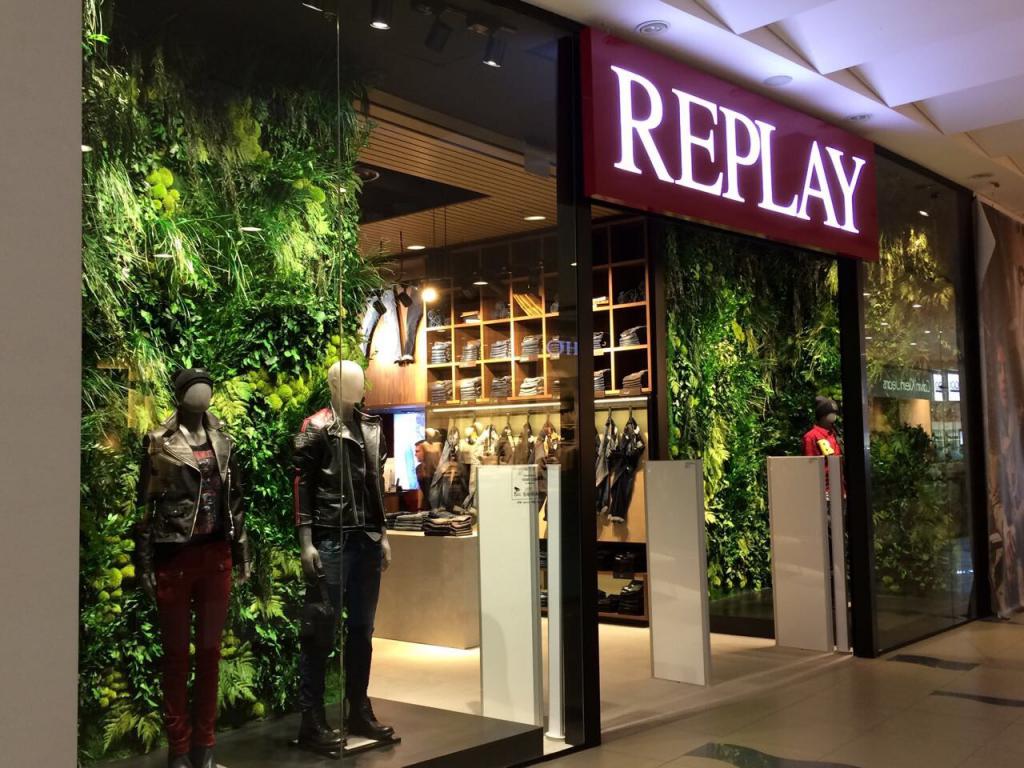 В ТРЦ Sky Mall открылся легендарный REPLAY-Фото 2