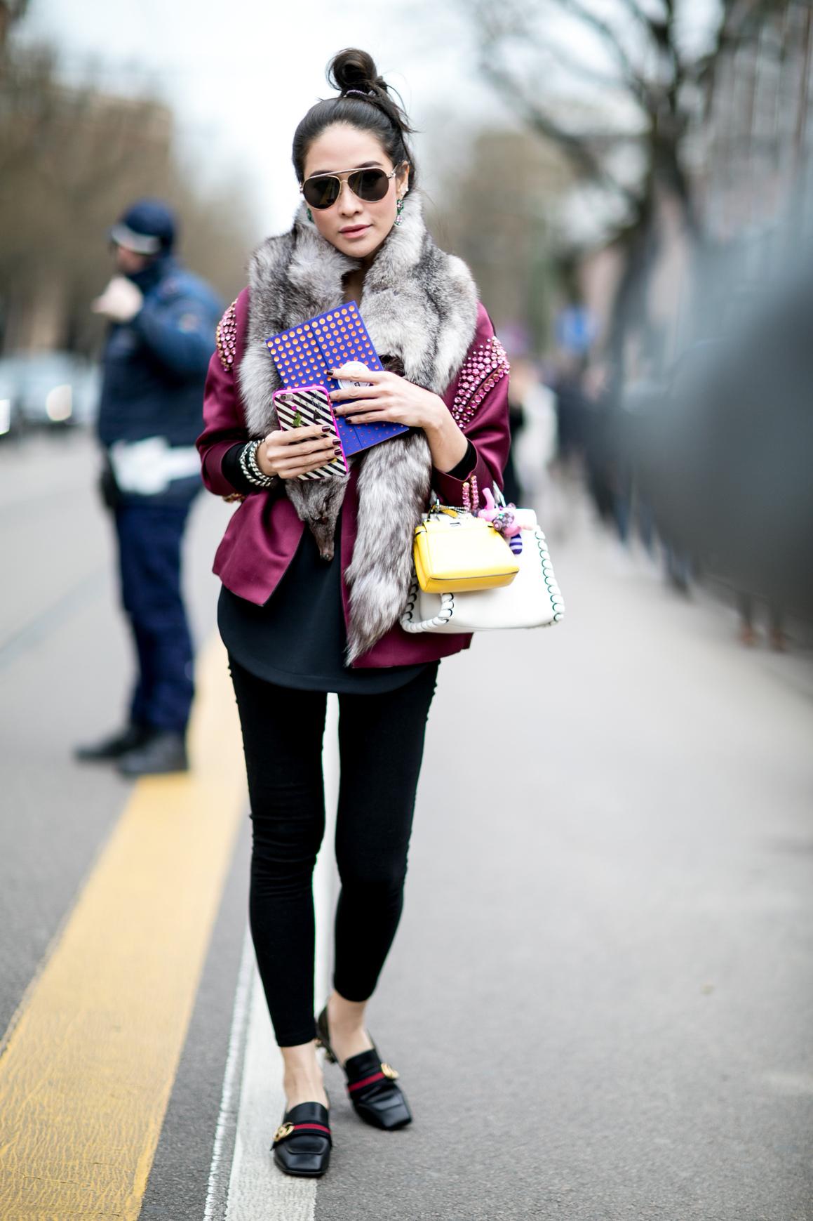 Вокруг шеи: 5 типов шарфов, которые должны быть у вас в шкафу-320x180