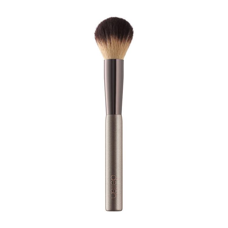 5 кистей для макияжа, которые нужны каждой из нас-Фото 4
