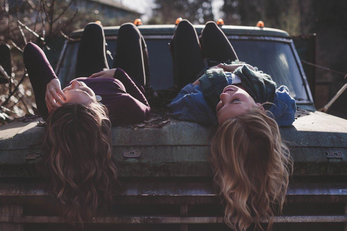7 типов подруг, которые нужны каждой из нас-320x180