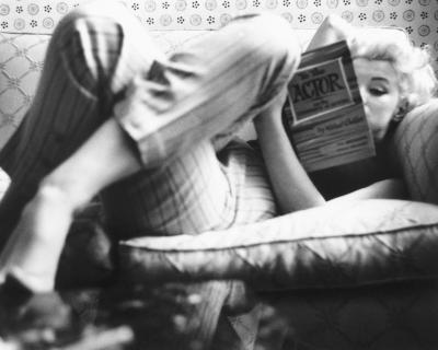 Полезная привычка: Как найти время на чтение книг-430x480