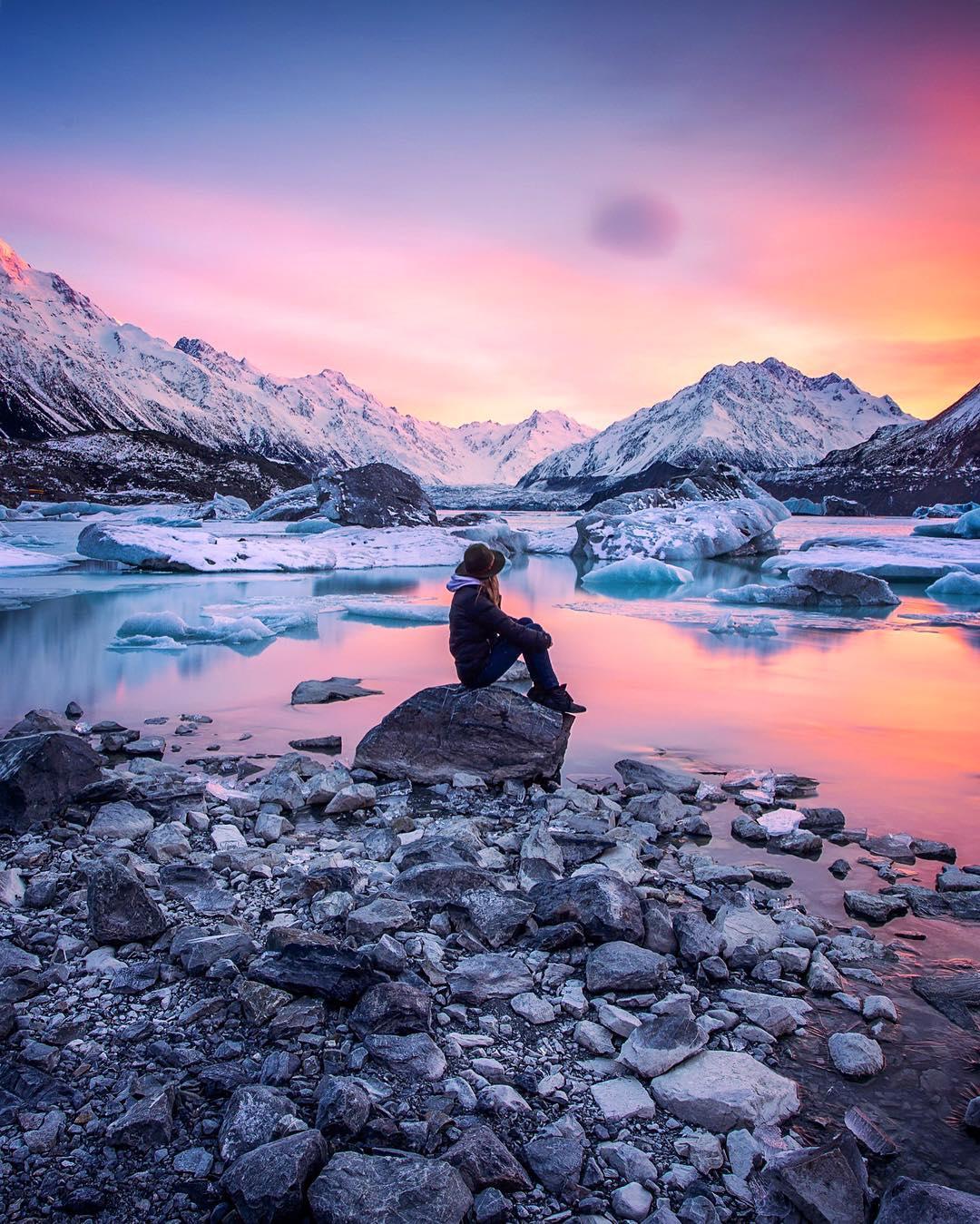 Instagram путешественниц, которые перенесут вас в другие страны-320x180