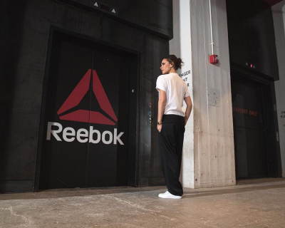 Виктория Бекхэм создаст коллекцию кроссовок для Reebok-430x480