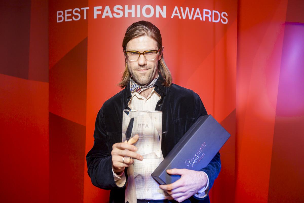 Best Fashion Awards 2017: Кто стал лучшим дизайнером года?-Фото 2