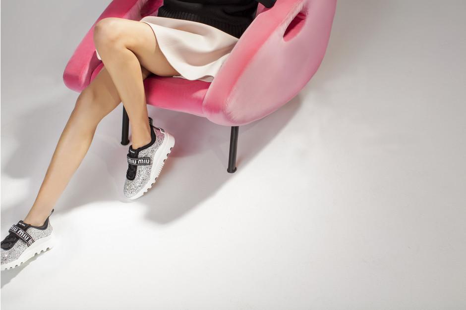 Miu Miu выпустили гламурные кроссовки-320x180