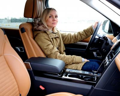 Тест-драйв редакции: Land Rover Discovery-430x480