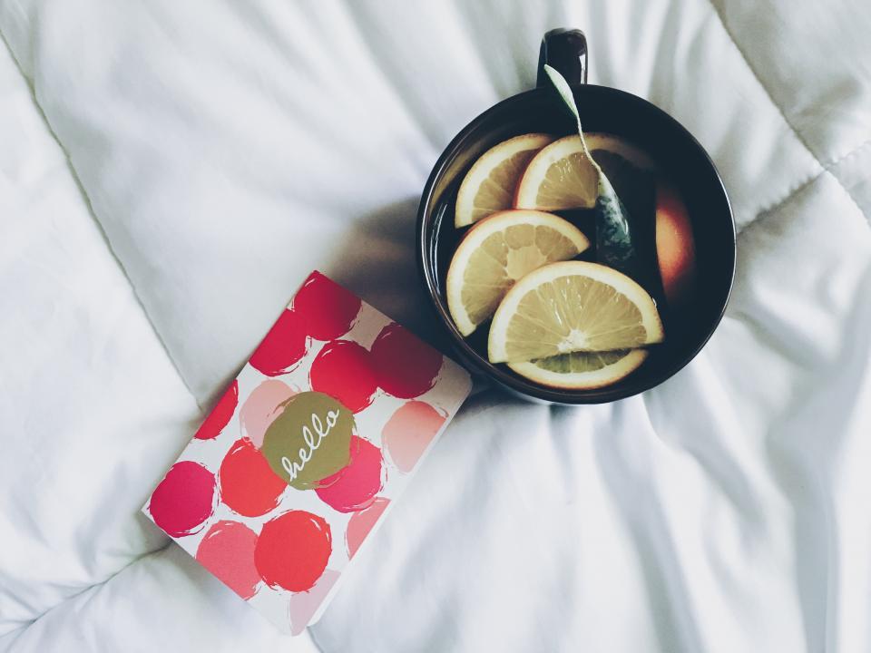 Лучшие чаи для здоровья вашей кожи-320x180