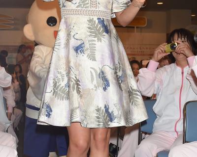 Уроки стиля: Одеться на благотворительный вечер, как Миранда Керр-430x480