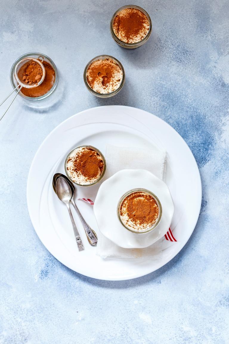 Рецепт тирамису с шоколадным муссом-320x180