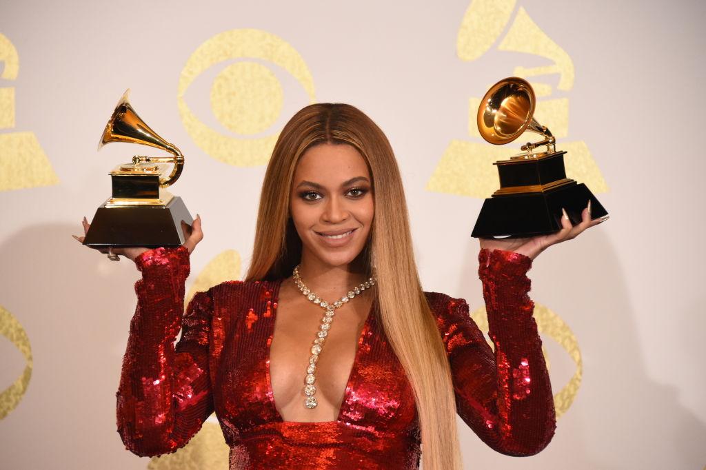 Самые богатые певицы 2018 года по версии Forbes-Фото 1