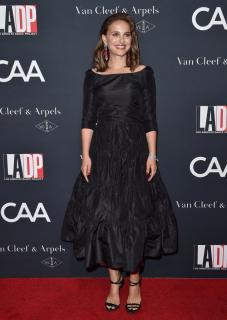 Натали Портман получила премию «Генезис»