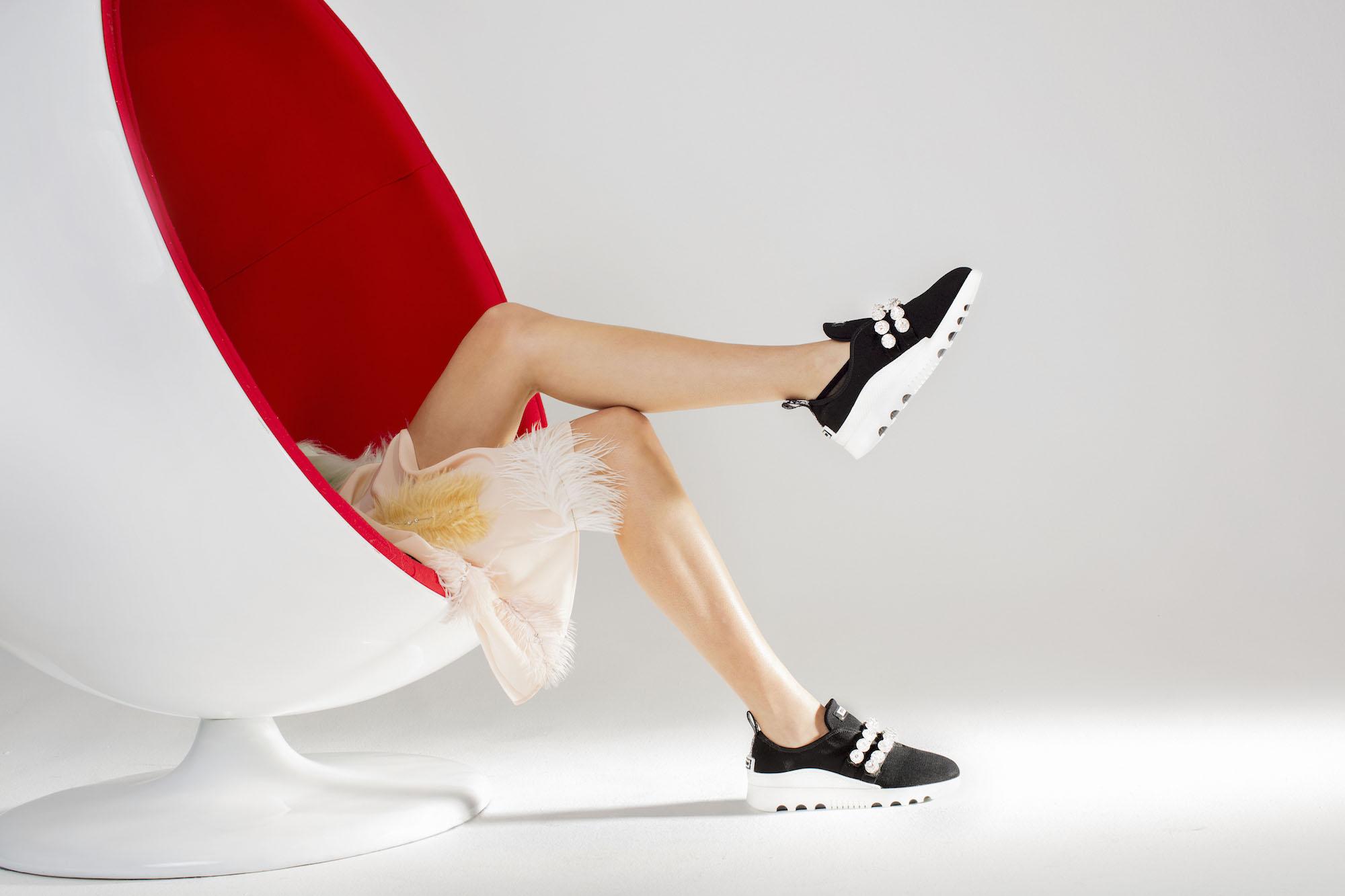 Miu Miu выпустили гламурные кроссовки-Фото 2
