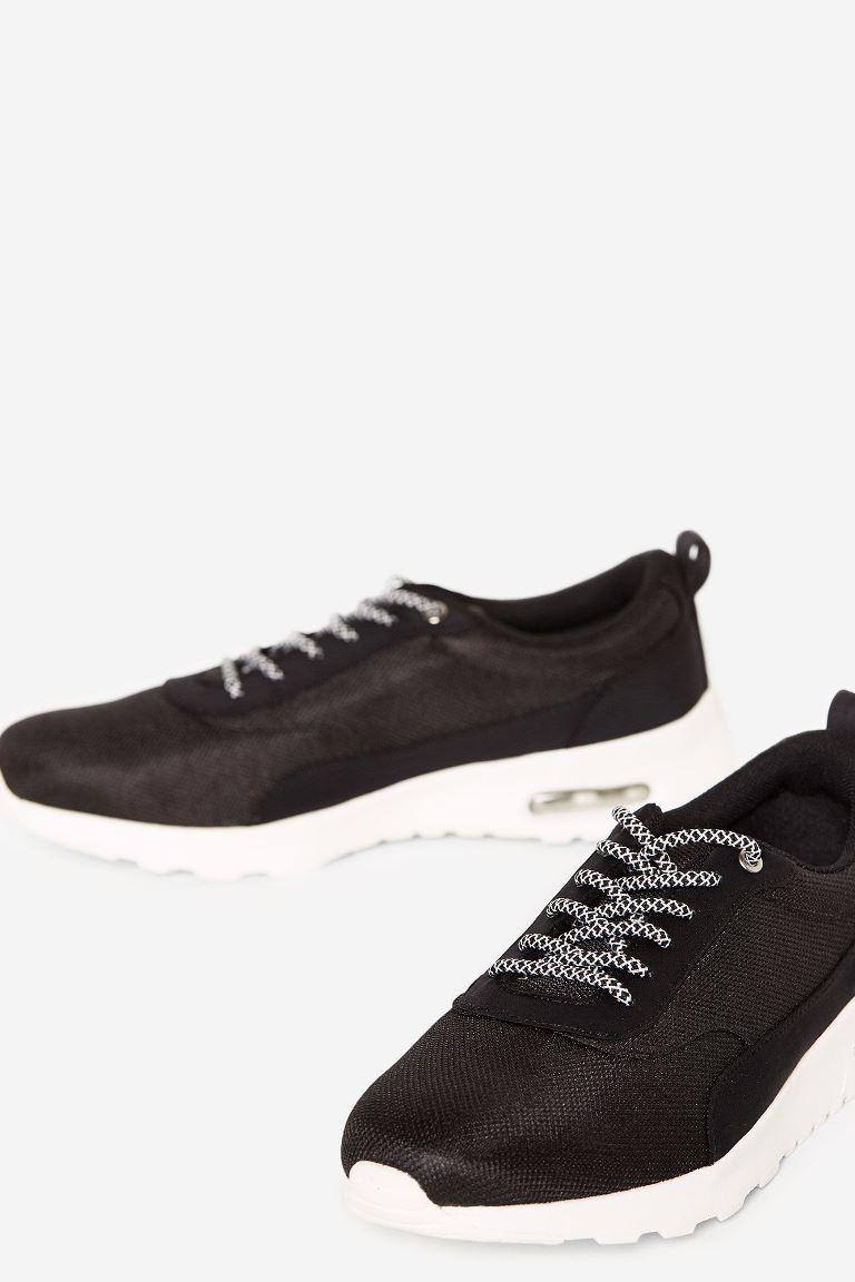 Вещь дня: идеальные кроссовки SPRINGFIELD-Фото 1