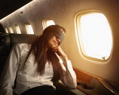 Аэрофобия: три небанальных способа перебороть страх перелетов-430x480