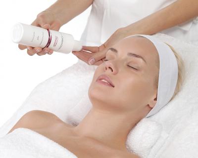 Топ-3 инновационные косметологические процедуры, которые стоит сделать до 31 декабря-430x480