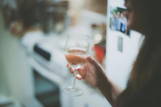 Что говорит о вашей личности любимое вино?