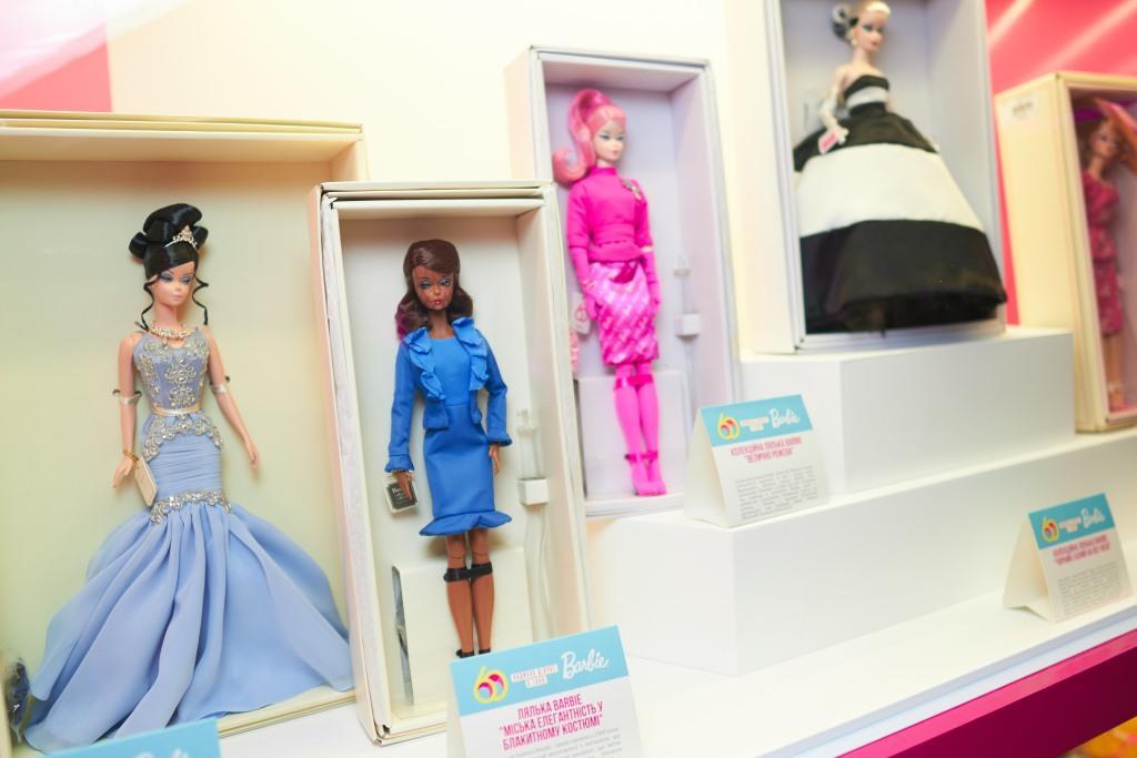 Barbie — 60 лет: как прошел день рождения знаменитой куклы в столичном ЦУМе-Фото 1