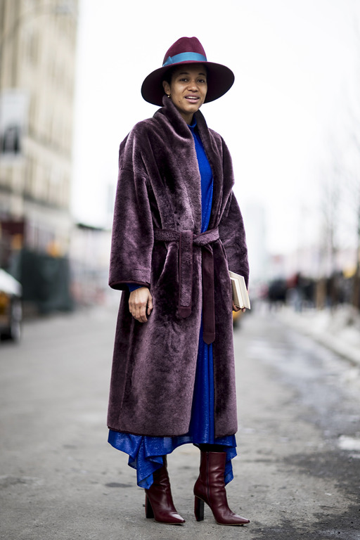 Теплая история: Как правильно носить экошубу-Фото 10