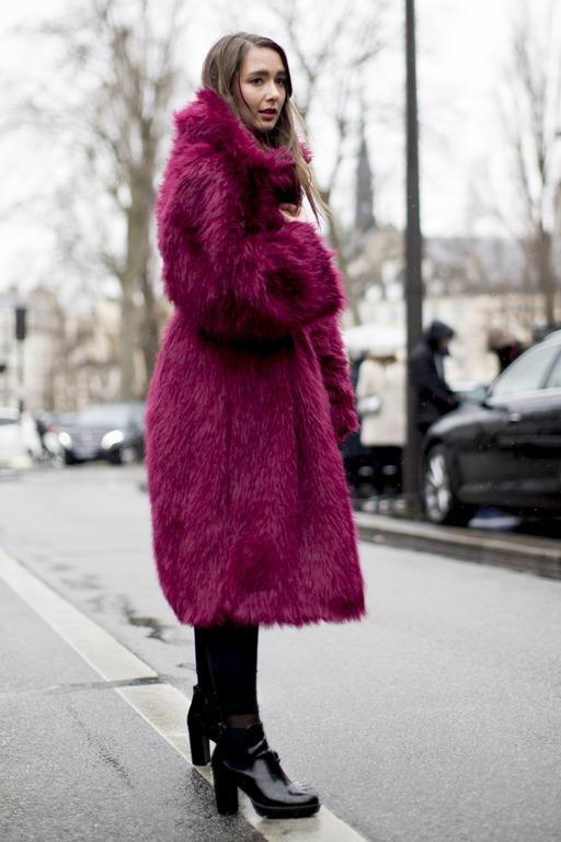Теплая история: Как правильно носить экошубу-Фото 2