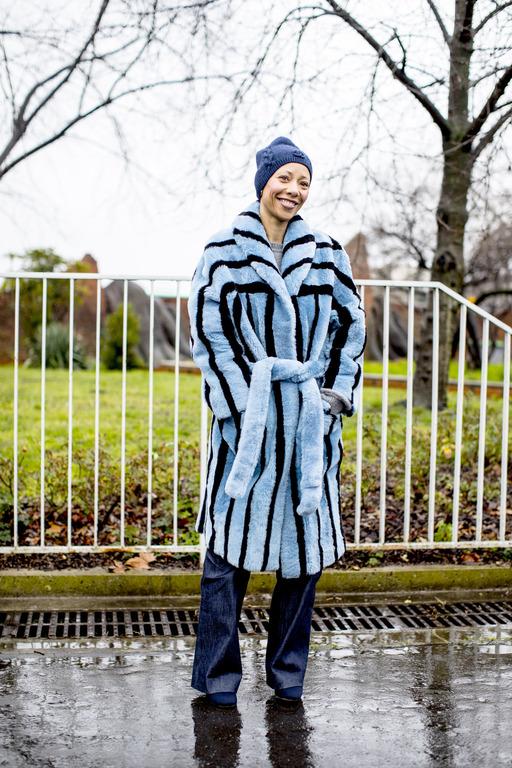 Теплая история: Как правильно носить экошубу-Фото 4