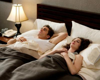 Ученые назвали идеальную продолжительность сна, чтобы выспаться-430x480