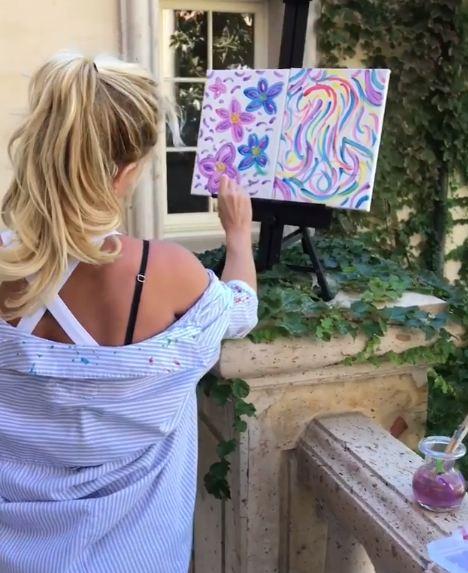 Бритни Спирс продала свою картину на аукционе-Фото 2