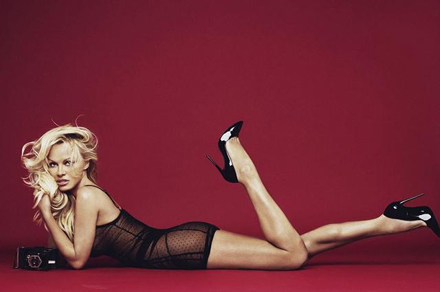 Памела Андерсон снялась в рекламе нижнего белья-Фото 1