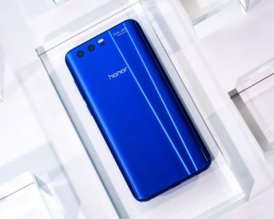 Идея для подарка: новый смартфон Honor 9-430x480