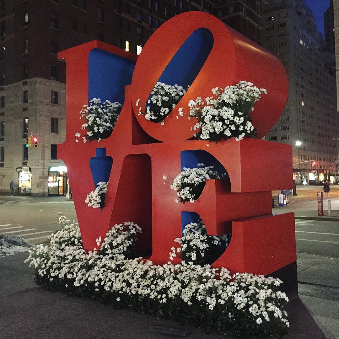 Фотоотчет: нью-йоркский флорист украсил улицы города-Фото 6