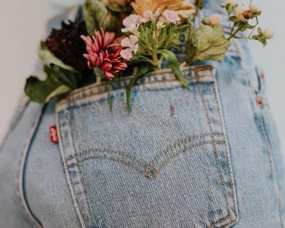 Как подобрать джинсы под свой тип фигуры-430x480