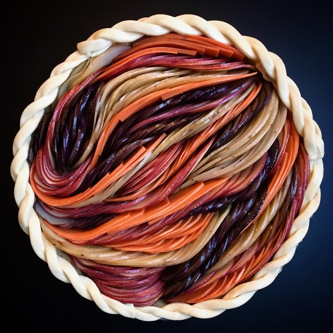 Настоящее искусство: нереальные пироги от food-блогера-320x180