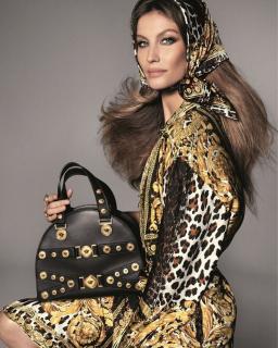 В честь Джанни Версаче: новый рекламный кампейн Versace