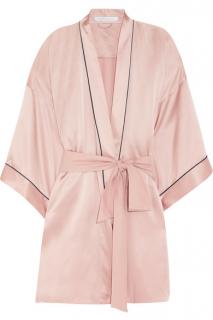 Шелковый халат от Olivia von Halle для мамы