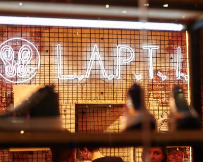 Новое место: в Киеве открылся первый магазин L.A.P.T.I.-430x480