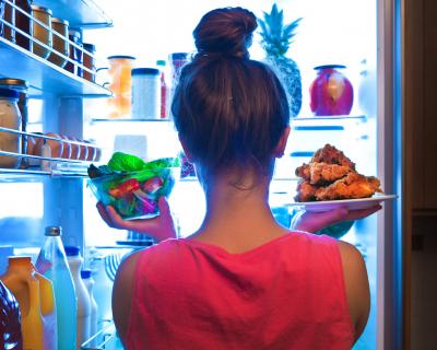 Правила здоровья: как хранить продукты питания-430x480