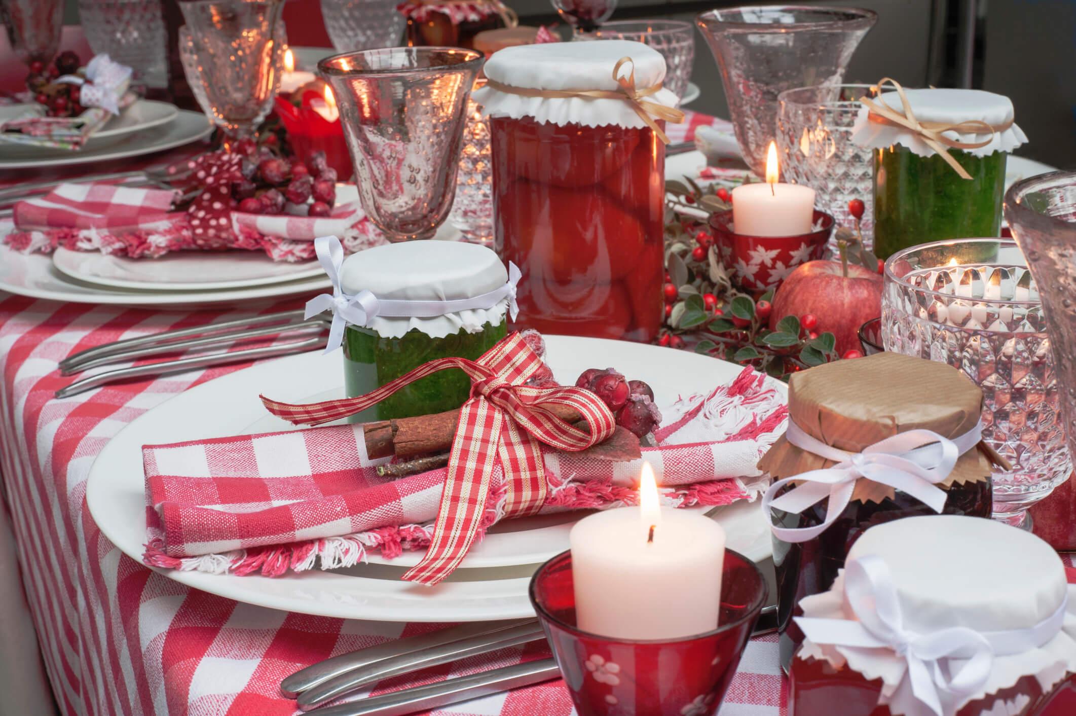 Новогодний переполох: как красиво украсить праздничный стол-Фото 4
