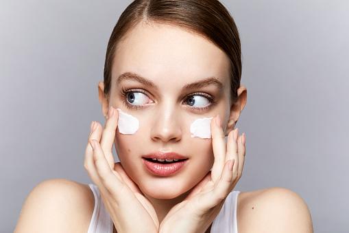 Экспресс-схема: как быстро подготовить кожу к Новому году-Фото 6