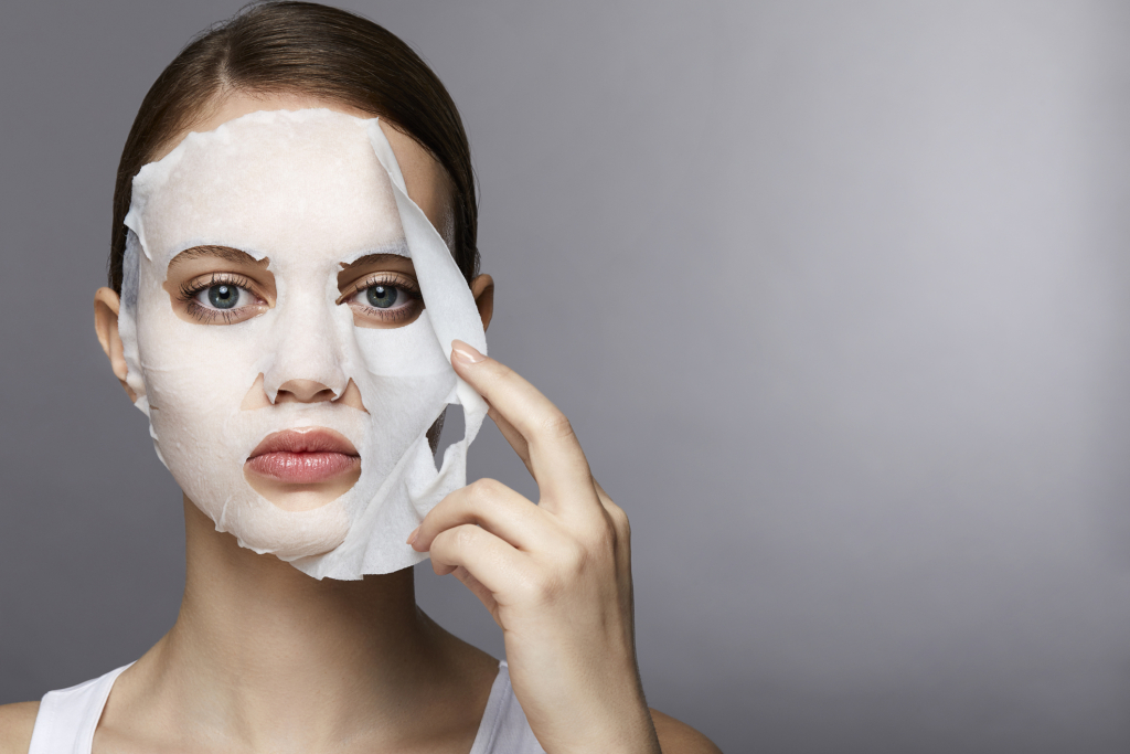 Экспресс-схема: как быстро подготовить кожу к Новому году-Фото 11