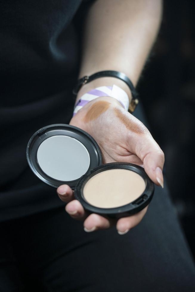 Как сделать новогодний макияж стойким: 7 лайфхаков-Фото 4