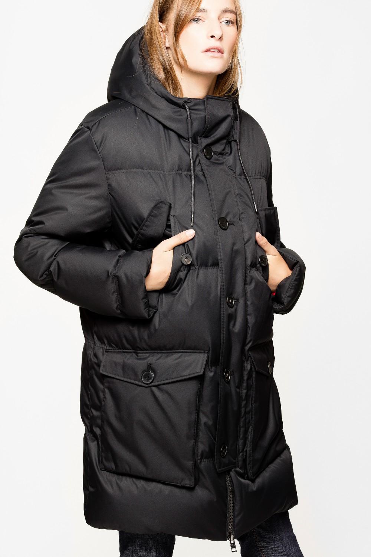 Как носить пуховик этой зимой и выглядеть стильно-Фото 9