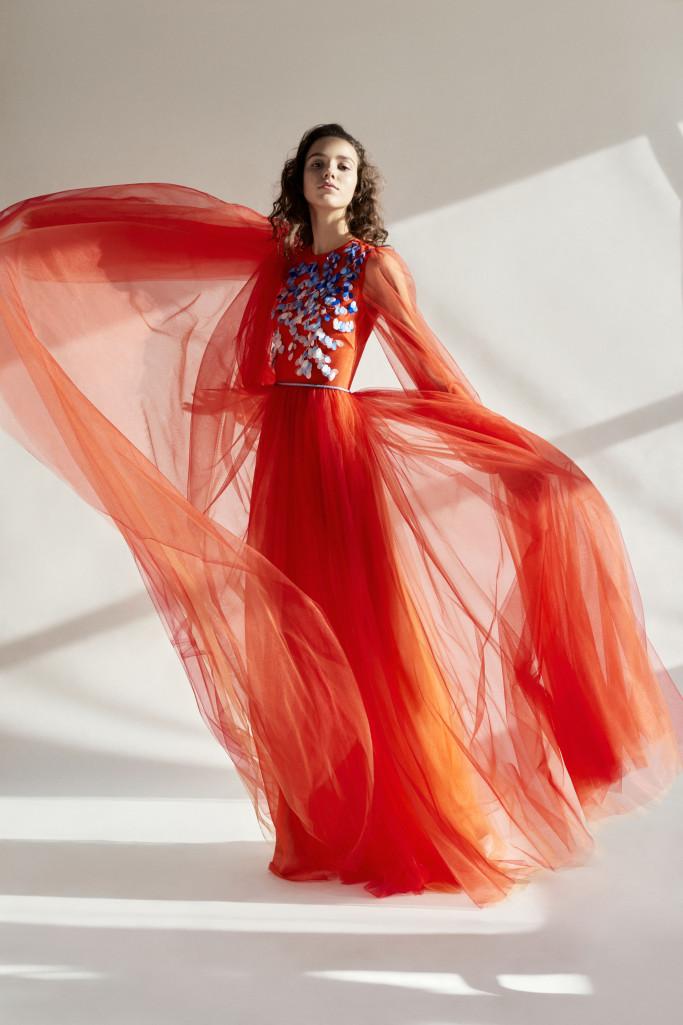 Каролина Хэррера представила коллекцию одежды Pre-Fall 2018-320x180