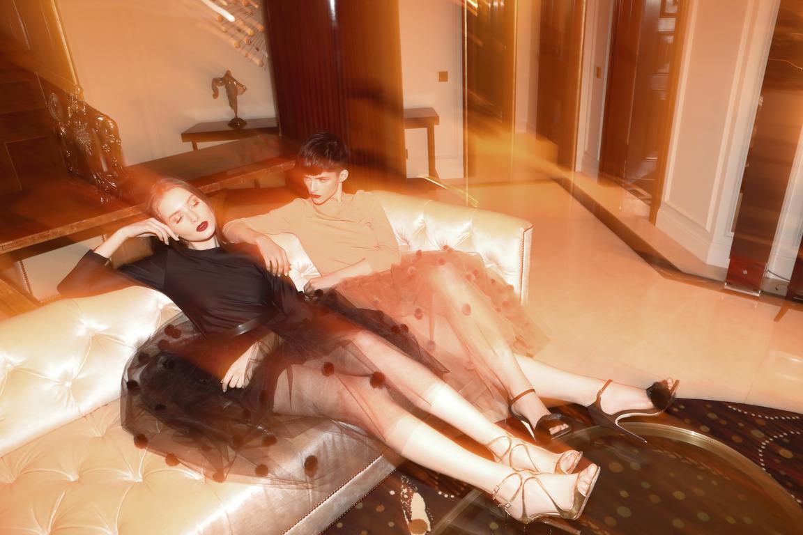 Blood&Honey: украинский бренд выпустил капсульную коллекцию вечерних платьев-320x180