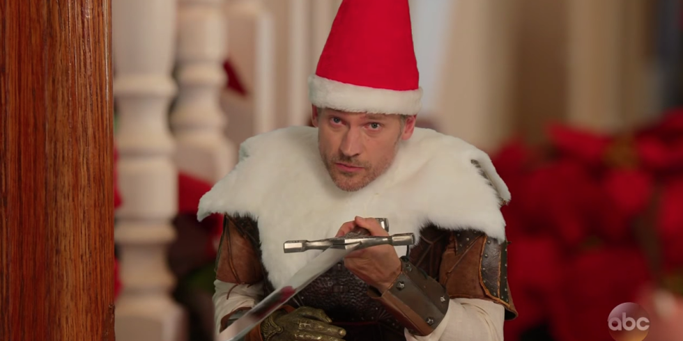 Звезда «Игры престолов» снялся в забавном новогоднем ролике-320x180