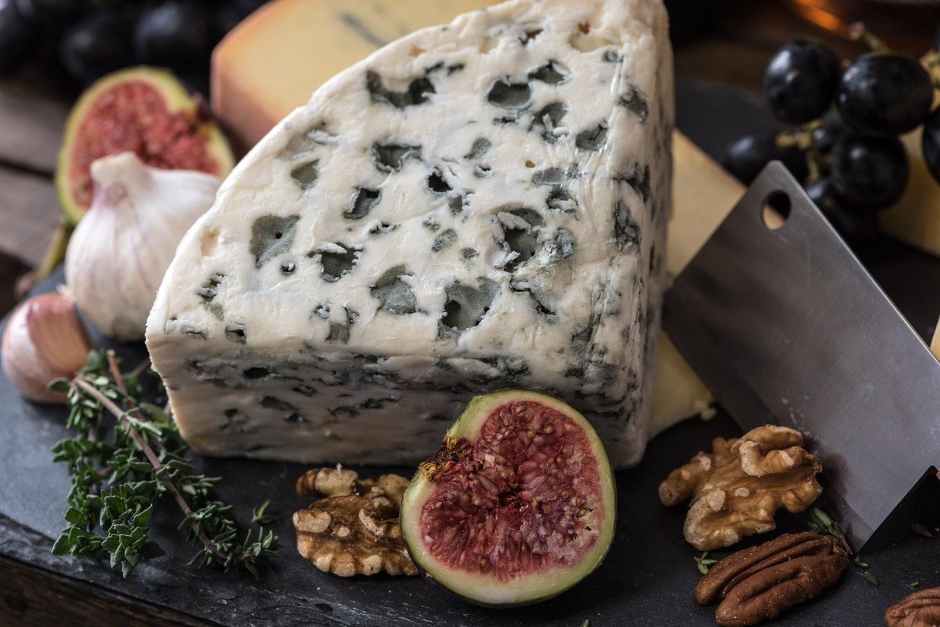 Полезные свойства сыра, о которых вы могли не знать-320x180