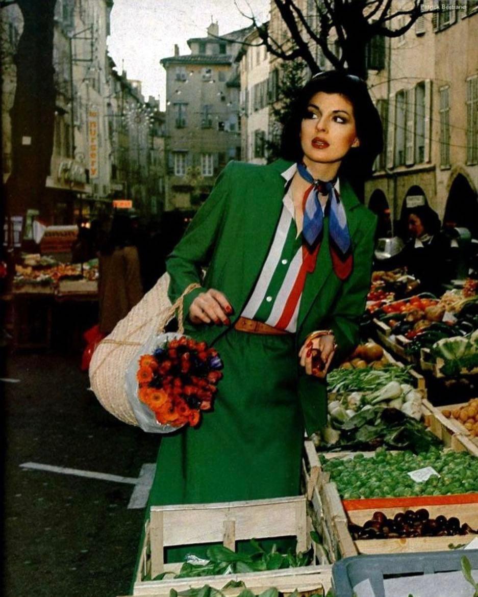 Винтажная мода: тренды 70-х, которые актуальны сегодня-Фото 9