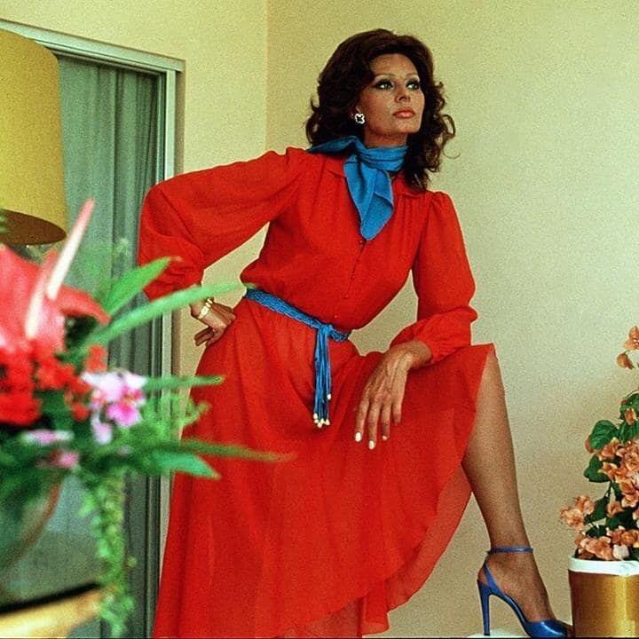 Винтажная мода: тренды 70-х, которые актуальны сегодня-Фото 1