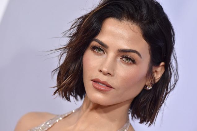 Самые трендовые оттенки волос 2018 года